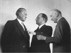 Da sinistra: Konrad Adenauer, Alcide De Gasperi e Robert  Schuman.