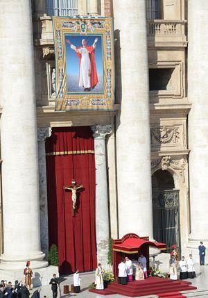 Domenica 19 ottobre 2014, beatificazione di Paolo VI. Foto Ansa.