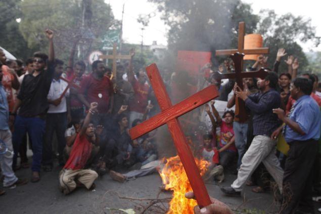 Risultati immagini per persecuzione cinese cristiana