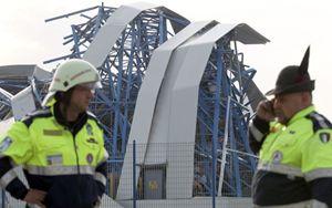 Emilia, il terremoto di due anni fa: un capannone industriale distrutto dalle scosse (Reuters).