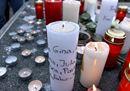 La tragedia della scolaresca sull'Airbus Germanwings e il dolore dei compagni