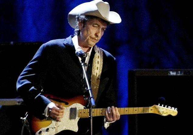 Il Nobel a Dylan, per la prima volta un cantautore