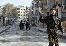 Aleppo: scoperte fosse comuni, ma la gente vuole tornare a vivere