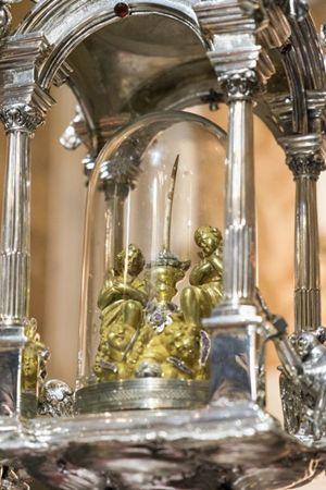 Il reliquiario con la Sacra Spina (foto Cosmo Laera)