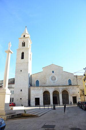 La cattedrale di Andria. Foto di Nicola Lavacca.
