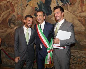 0c98f3538273 Una unione civile celebrata a Milano dal sindaco Sala. In alto  un unione