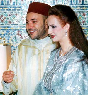 Re Mohammed VI con Lalla Salma nel 2002 poco tempo prima del loro matrimonio.
