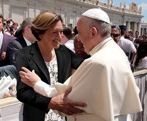 Andreana Bassanetti con papa Francesco
