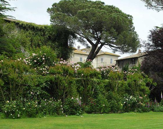 Maggio passeggiare tre le rose pi belle del mondo for Jardines italianos