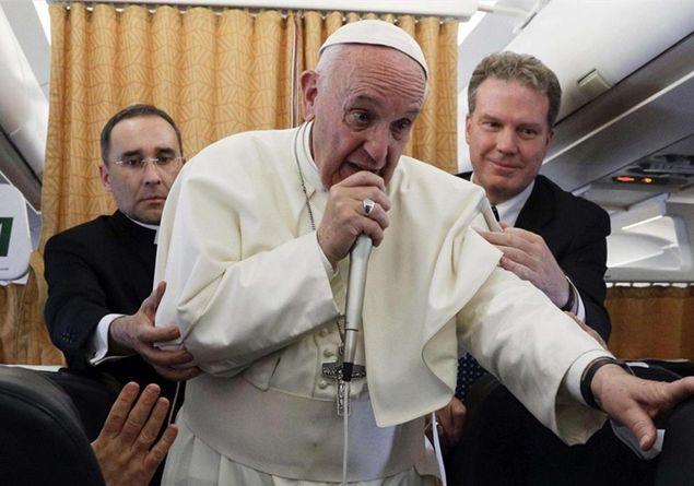 Piccolo Ufficio Della Madonna : Il papa «medjugorie la madonna è madre non postina famiglia