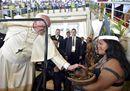 L'abbraccio del Papa ai popoli dell'Amazzonia