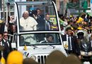 Pope Francis waves11.jpg