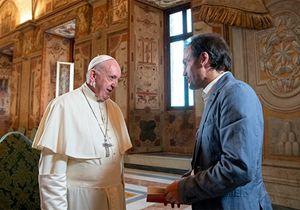 Il Papa: «Per Maria, Giuseppe è sempre stato lo sposo, mai l'impiegato di Dio»