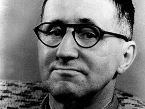 Bertolt Brecht (1989 - 1956)