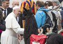 Il Papa a San Pietro con i lama arrivati dall'Alto Adige