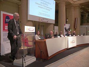 Il presidente di Telefono Azzurro Ernestro Caffo drante il suo intervento al convegno.