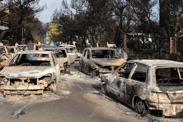 Il dramma della Grecia, decine di vittime negli incendi dei boschi nei dintorni di Atene