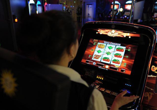 3a3452a942 Nel 2018 abbiamo buttato nel gioco d'azzardo 107 miliardi di euro -  Famiglia Cristiana