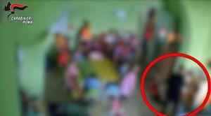 Un fermo immagine del video dei carabinieri nella recente indagine dei maltrattamenti all'interno di una materna